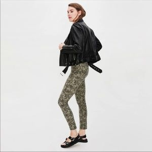 New Zara green snake print highway skinny jeans